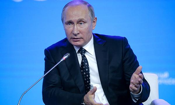 Президент России обсудит с министрами развитие арктической зоны