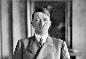 Румынский пенсионер сообщил, что по воле случая является крестным сыном Гитлера