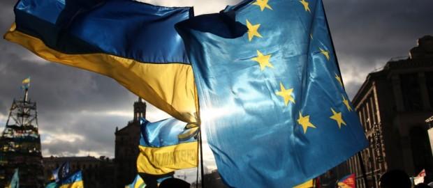 «Экономический терроризм» глобалистов в Греции, на Украине, а могло быть и в России.
