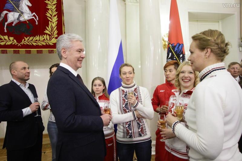 Олимпийские чемпионы-москвичи получат по4 млн руб.