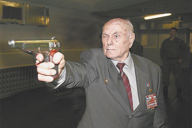Спасший Краков от уничтожения в 1945 году разведчик Алексей Ботян отмечает 101-летие