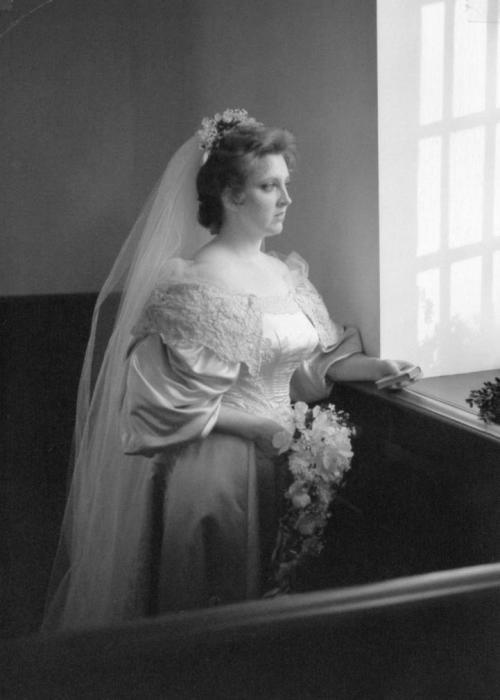 Невеста № 7: Джанет Кернс, которая вышла замуж за Марка Дейгла в 1982 году.