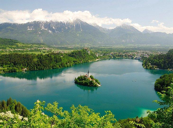Бледское озеро и его легенды