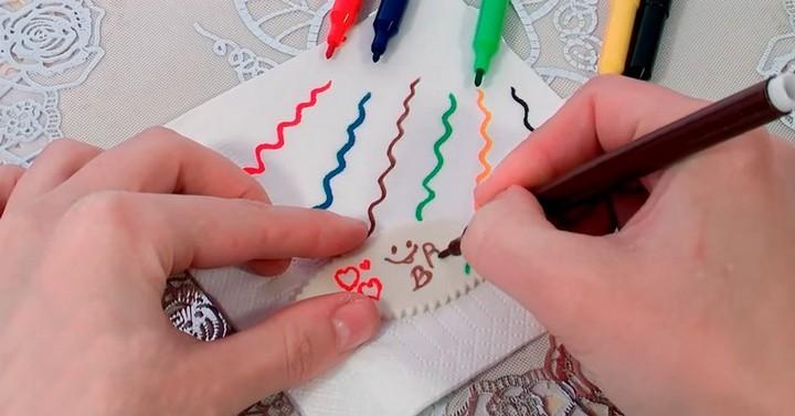 Кондитерские лайфхаки: пищевые фломастеры своими руками