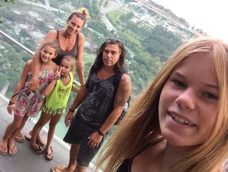 Отец троих детей продал всё, закупился биткоинами и теперь живет в кемпинге в ожидании дождя из денег