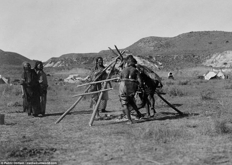 1905 год. Проведение религиозного ритуала. аборигены, индейцы, исторические кадры, история, племена, редкие фото, сша, фото