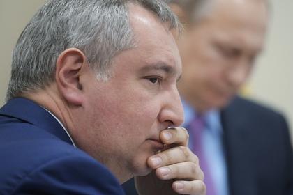 Рогозин назвал Россию способной ответить любому агрессору мирной страной