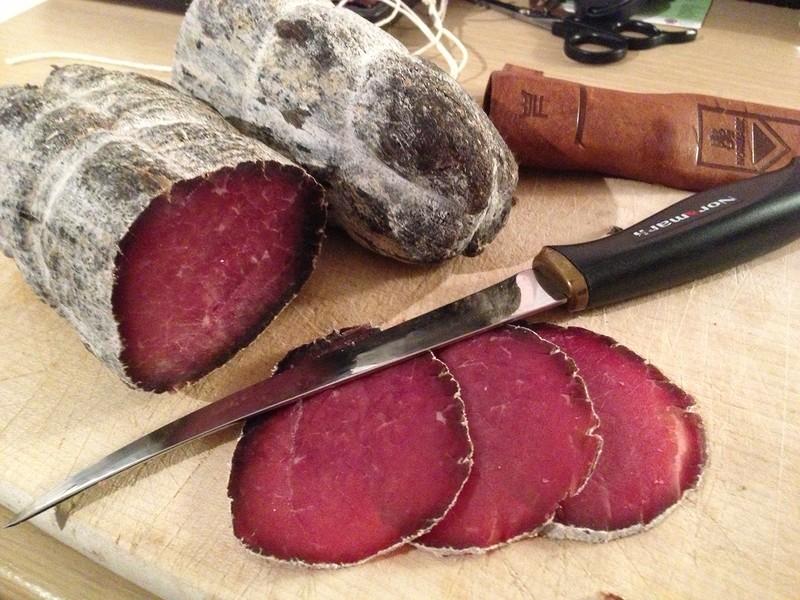 Как готовят брезаолу:  вяленое мясо по-итальянски