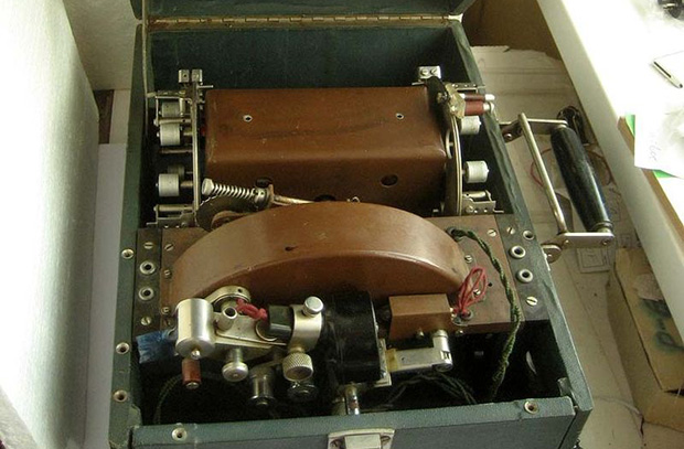 «Шоринофон» — первый отечественный диктофон