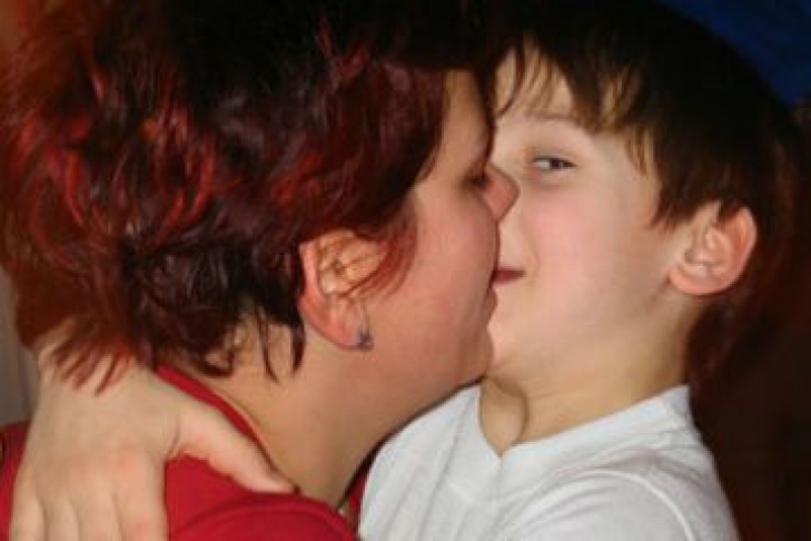 любительские интимные фото мам совращающих сына