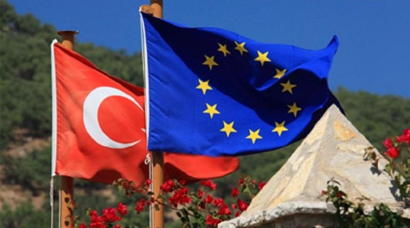 Евросоюз продолжит соблюдать соглашение с Турцией по беженцам