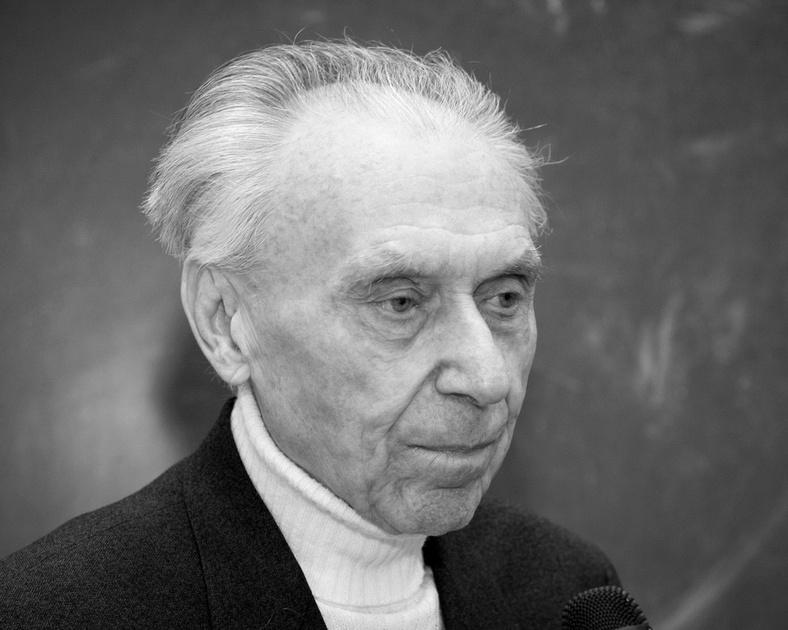 Николай Брусенцов, создатель…