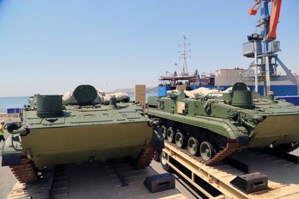 ВАзербайджан прибыла новая партия военной техники изРоссии