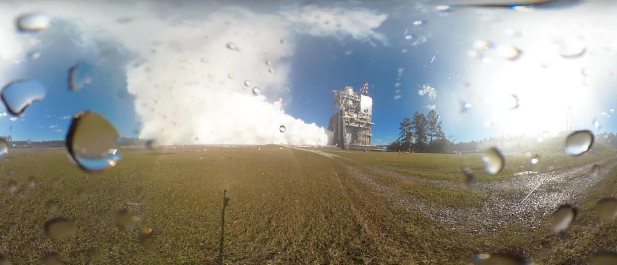 Опубликованы эффектные кадры испытаний ракетного двигателя для покорения Марса