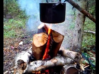 долго горящий костёр и вода в корзине