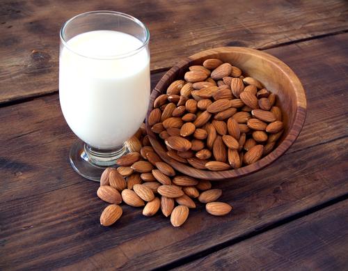 Необычайно полезное — Миндальное «молоко»!