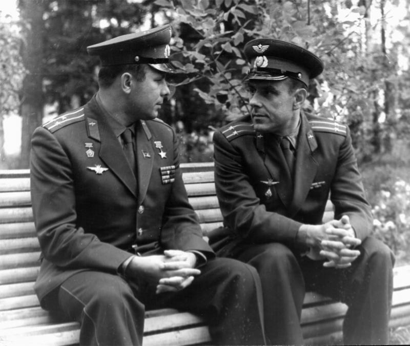 Лётчик- космонавт, дважды Герой Советского Союза Владимир Михайлович Комаров