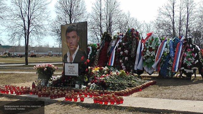 Жириновский понял, зачем Вашингтону понадобилась площадь Немцова перед посольством РФ