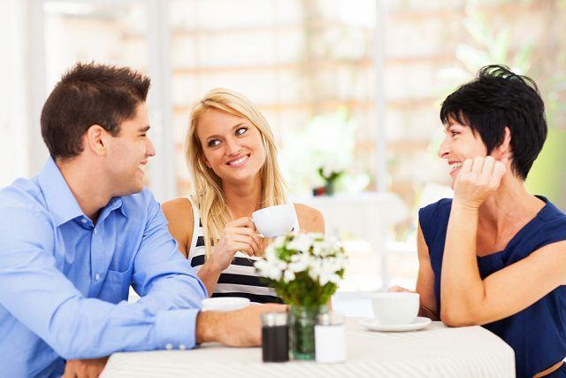 Когда свекровь ненавидит невестку — советы психолога