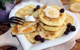 Оладьи на йогурте с бананом