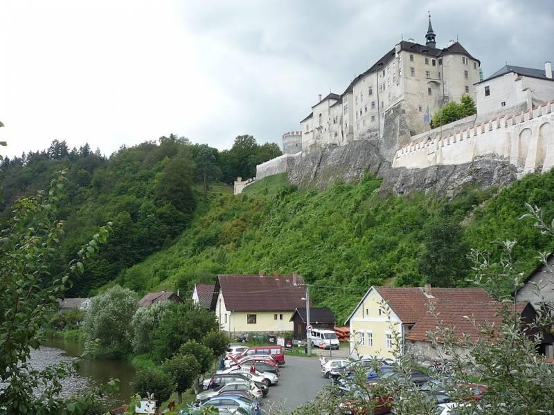 Семейный замок: Чески-Штернберк