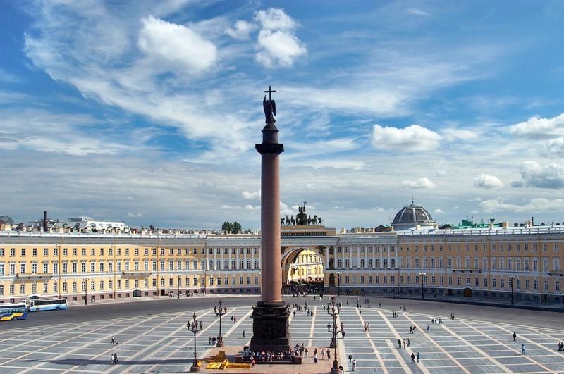 Как на самом деле возвели Александровскую колонну