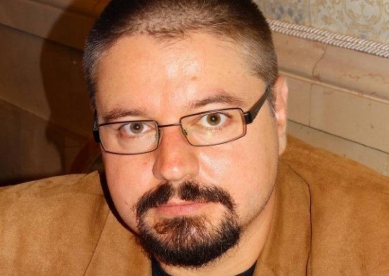 Нынешний формат Минска - это карт-бланш на разграбление Донбасса. Интервью Евгения Тинянского ИА «Антифашист»