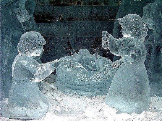 Ледяные скульптуры. Сколько же труда в них вложено!