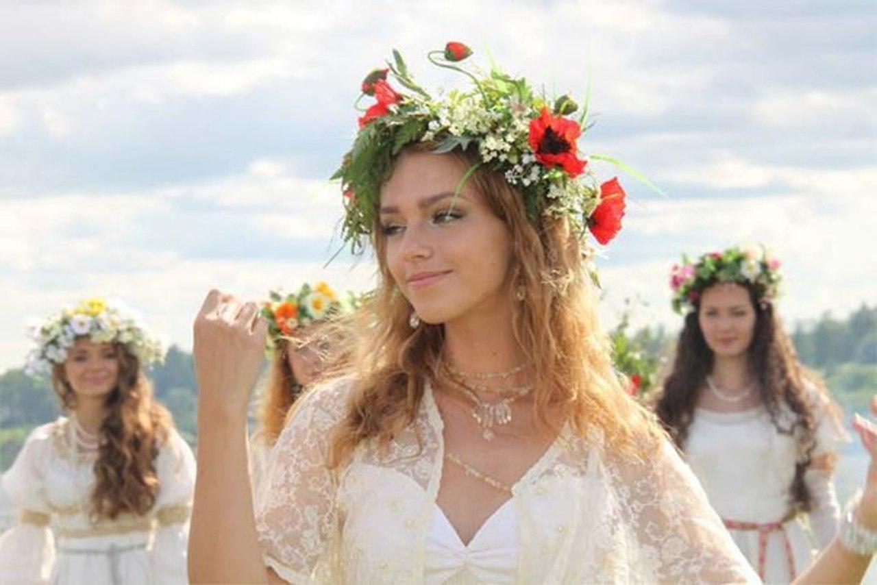 Славянские девушки во всей красе
