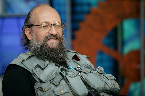 Анатолий Вассерман: почему в России ждут большой войны к зиме