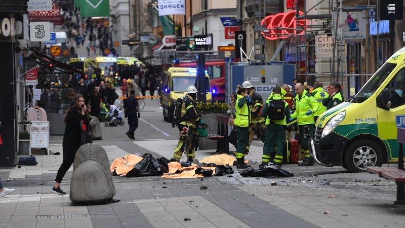 Полиция Швеции показала фото подозреваемого в теракте в Стокгольме