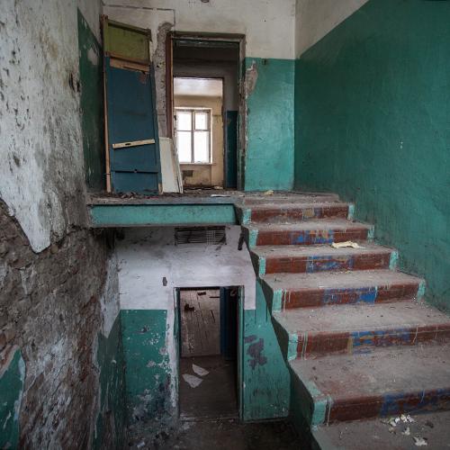 Жители подлежащих сносу пятиэтажек получат жилье в том же районе