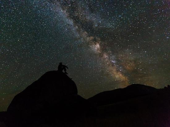 """Ученые выявили источник """"сигнала инопланетян"""" из созвездия Девы"""