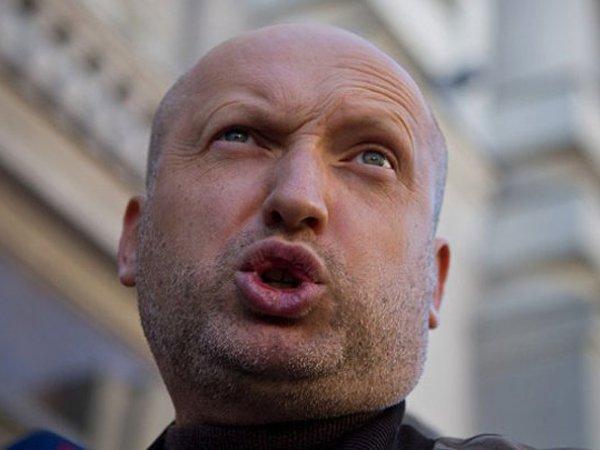 Турчинов: украинская армия – это единственное, что сдерживает РФ,дайте денег!