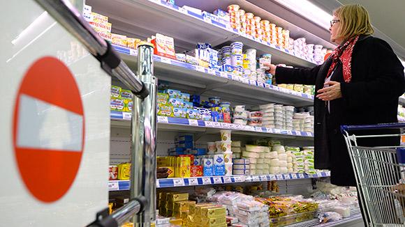 Роспотребнадзор послал покупателей: Потребитель защитит себя сам