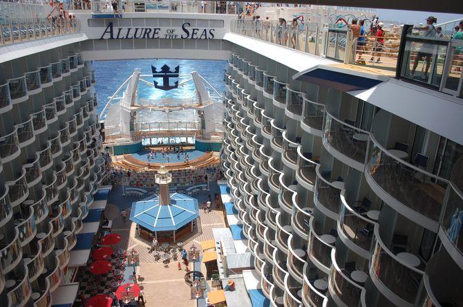 O maior navio do mundo, Allure of the Seas, Quartos