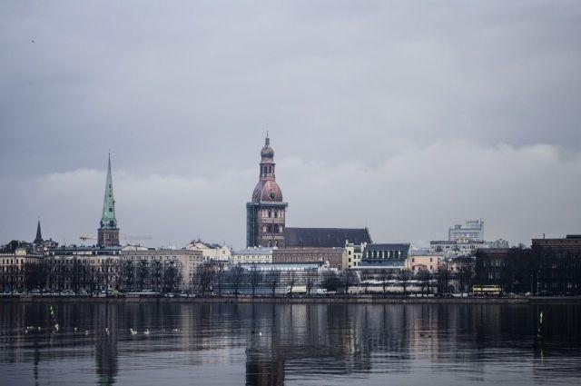 Сейм Латвии обязал платить за руины налог на недвижимость