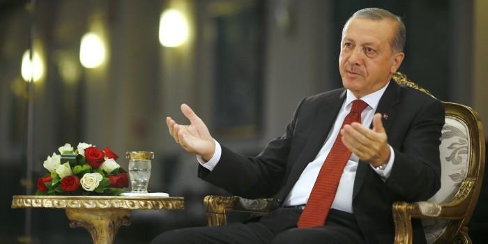Эрдоган обвинил Нидерланды в…