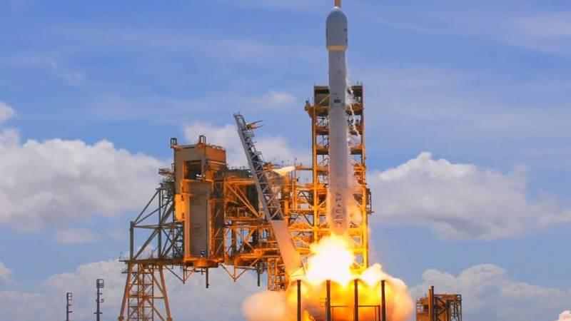 SpaceX вывела спутники с рекордно коротким интервалом