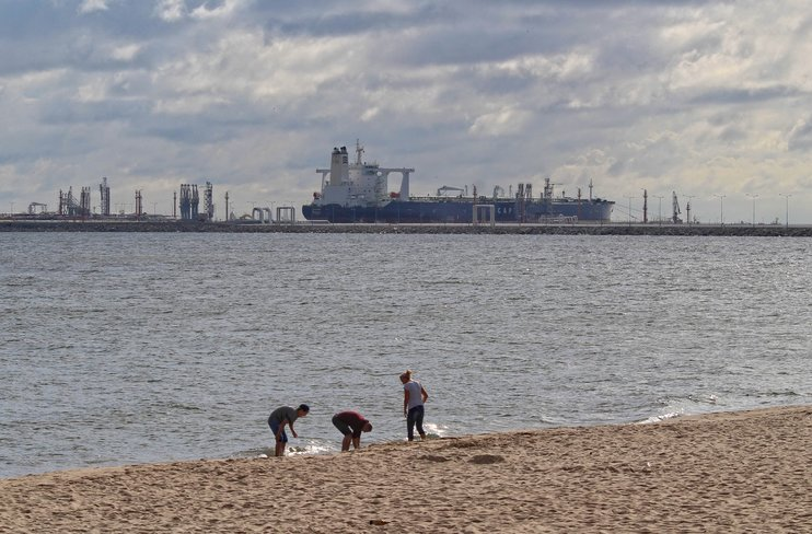 Бабич: Россия будет рада, если Белоруссия найдет альтернативные источники нефти