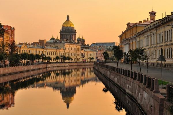 Сотрудники Исаакиевского собора попросили помощи уПутина