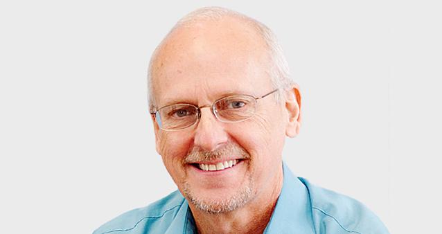 Диетолог Джеймс Пейнтер: Проглотил жвачку — считай, что овощной шот опрокинул