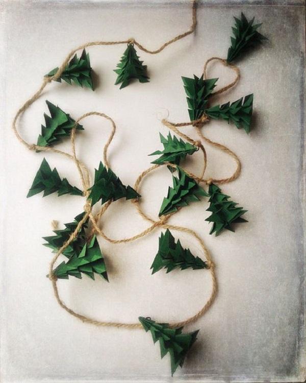 новогодние гирлянды и украшения