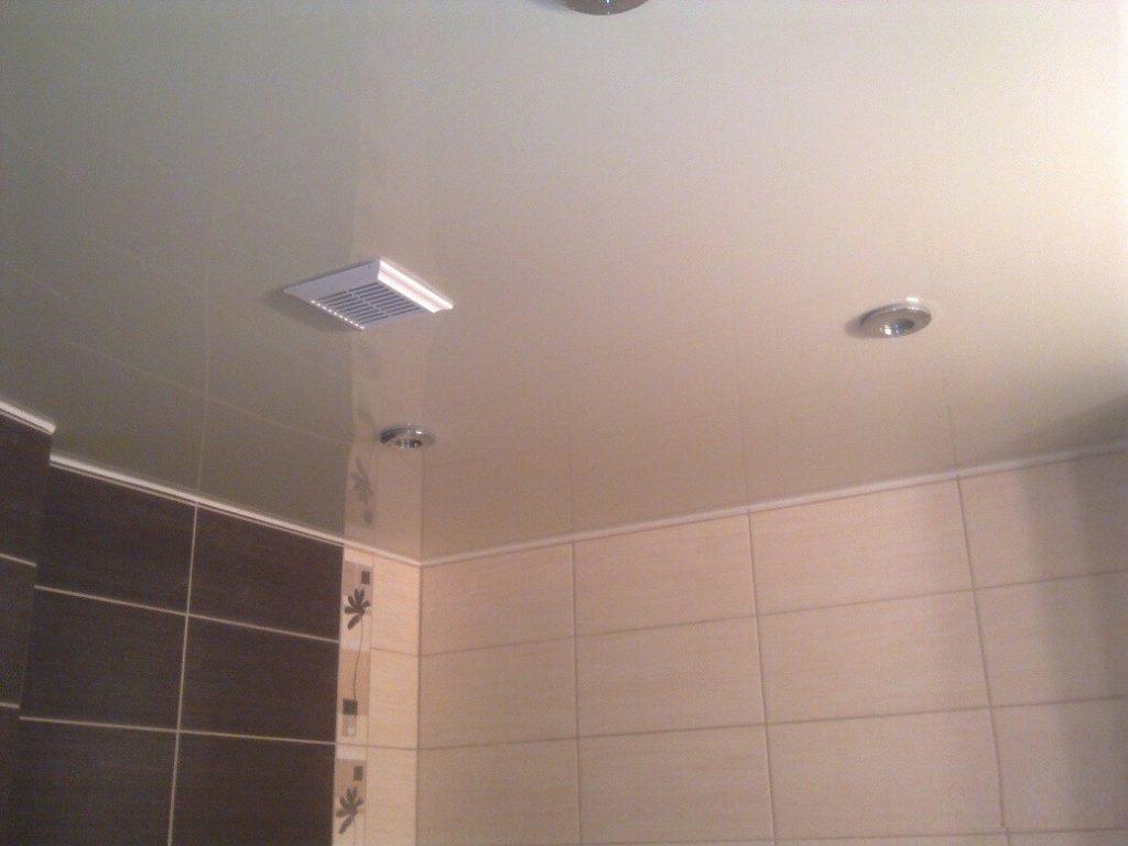 Почему важна вентиляция в ванной комнате и как проверить, хорошо ли она работает
