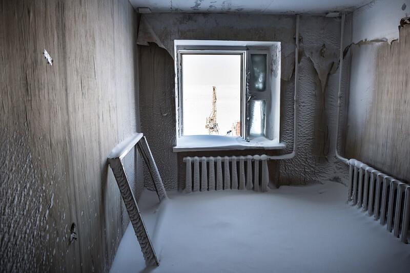 Каково жить в городе, в котором каждая зима — это борьба за выживание…