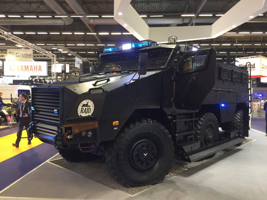 Французская бронированная машина TITUS на выставке Milipol 2017