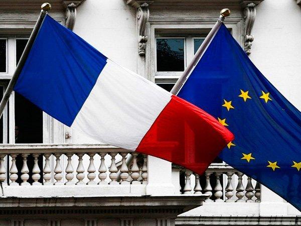 Макрон допустил выход Франции из состава ЕС