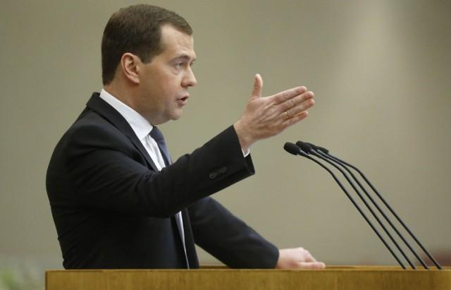 Медведев: агросектор в России успешно развивается