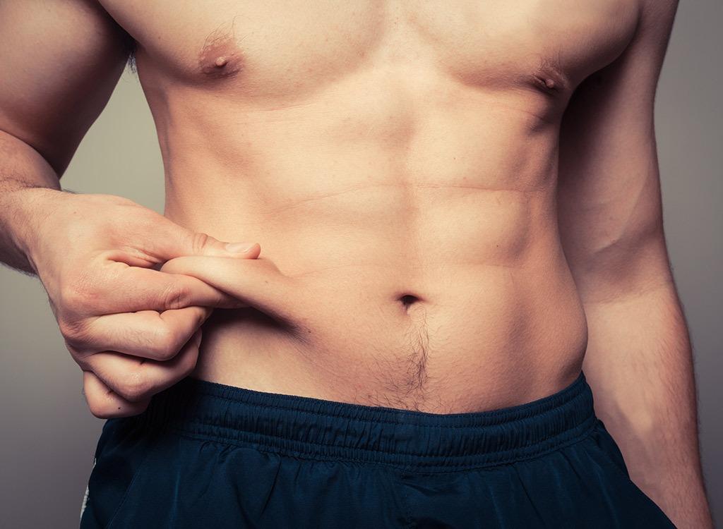 12 привычек, вызывающих лишний вес