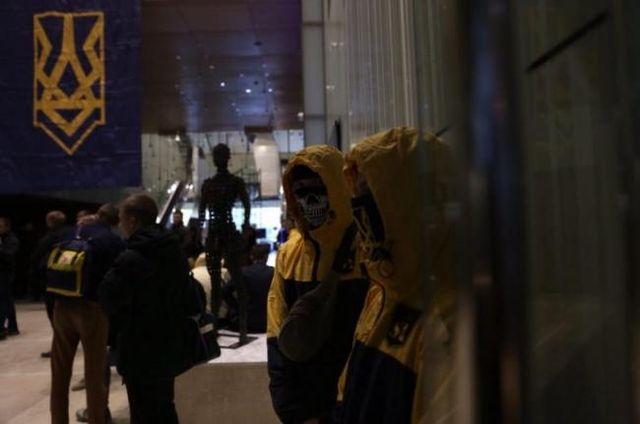 Нацисты захватили государственный объект в центре Киева